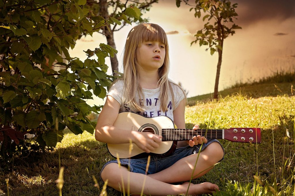 Mommy Reblog: Building Your Child's Creativity and Emotional Health Through Music